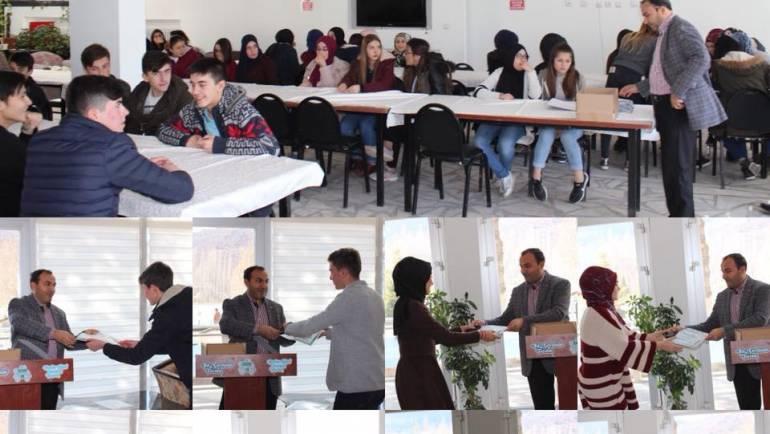 89 Başarılı Öğrencimizi Ödüllendirdik